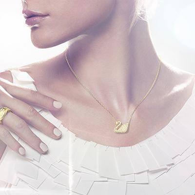 施华洛世奇Swan项链
