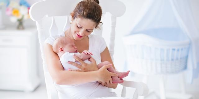 美赞臣 VS 雅培,美国的早产儿奶粉哪个更好?