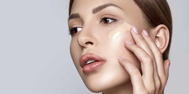 美国超级好用的8款养肤粉底推荐+使用评测